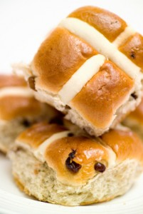 Easter Baking: Hot Cross Bun