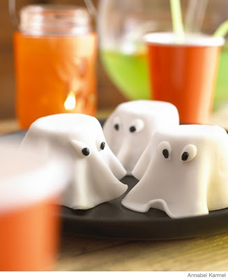 HalloweenRecipes_GhostCake_P